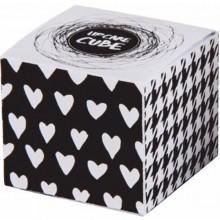 Lipcare-Cube-Box1